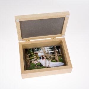 cofanetto-usb-personalizzato-stampato-kreilab-avigliana-stampa-foto-12X17-2